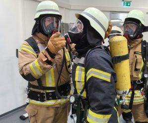 24 neue Atemschutzgeräteträger für die Wesermarsch-Feuerwehren